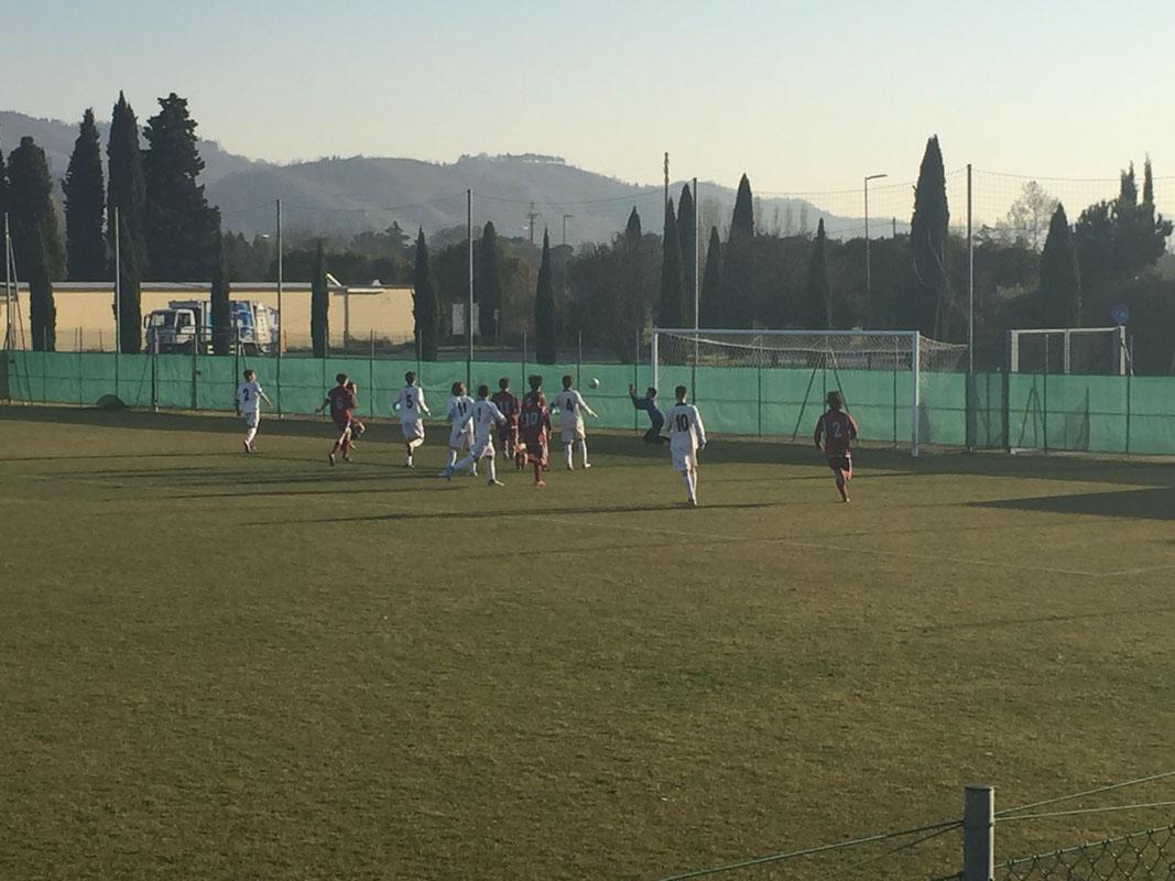 40' Su calcio di punizione da posizione defilata Marini tenta di sorprendere Bonoli, ma il portiere risponde presente e respinge il tiro nello specchio.